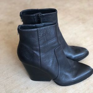 Calvin Klein ankle boots -Size 7